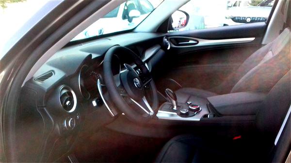 Alfa Romeo Stelvio 2.2 Turbo Diesel-1