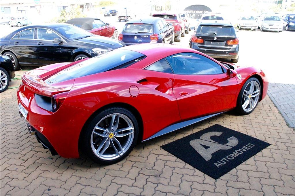 Ferrari 488 GTB-3
