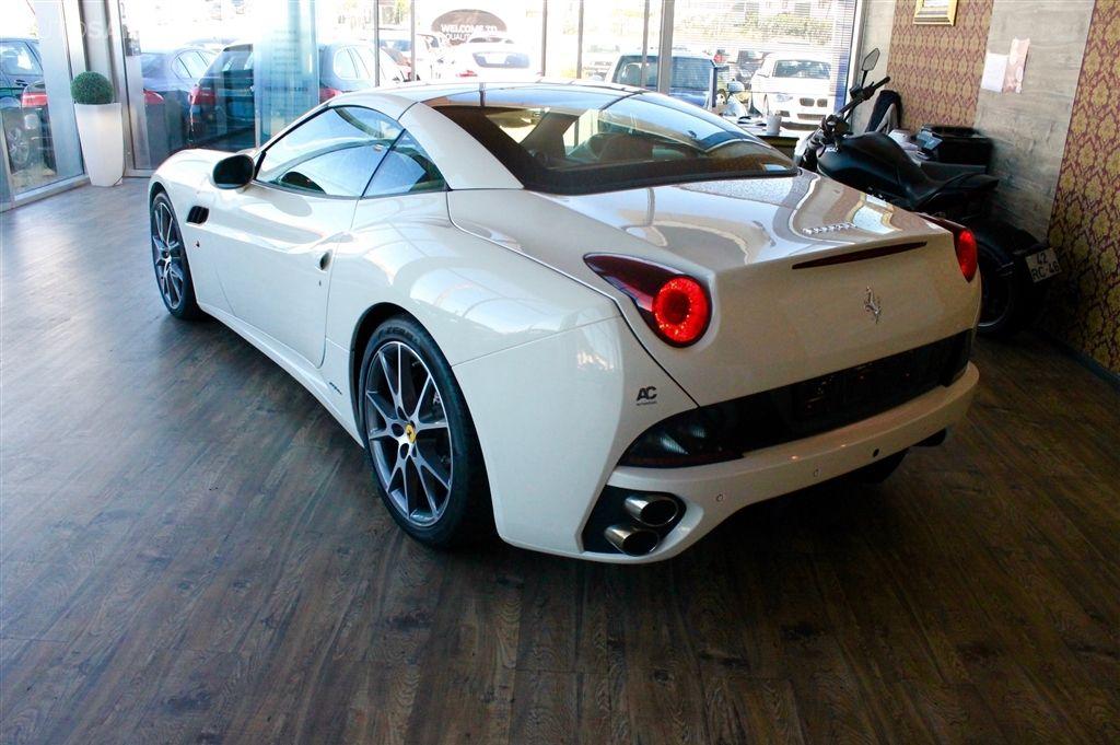 Ferrari California-8
