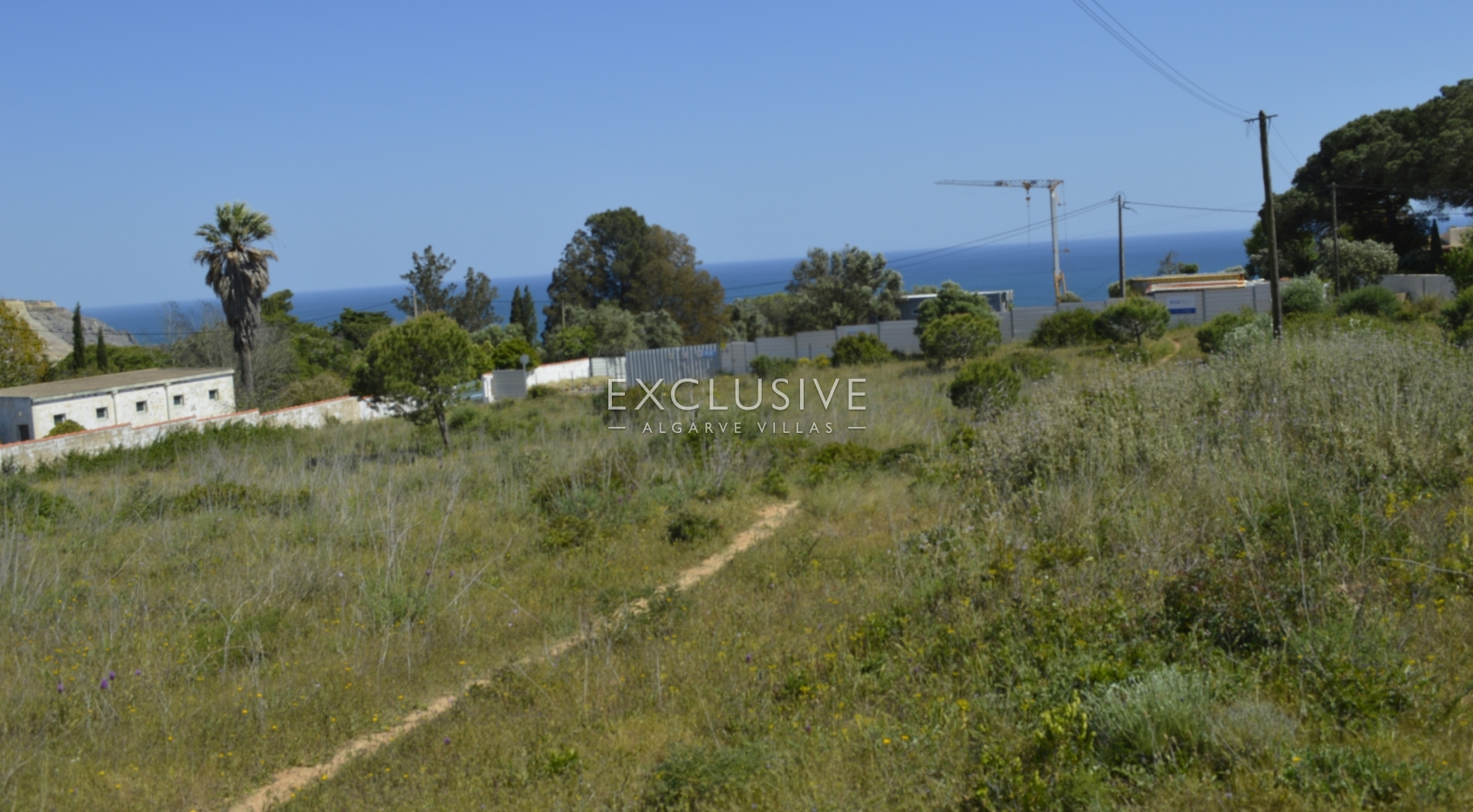 Grande terreno, com vista mar, para venda em Lagos Luz, Algarve_2