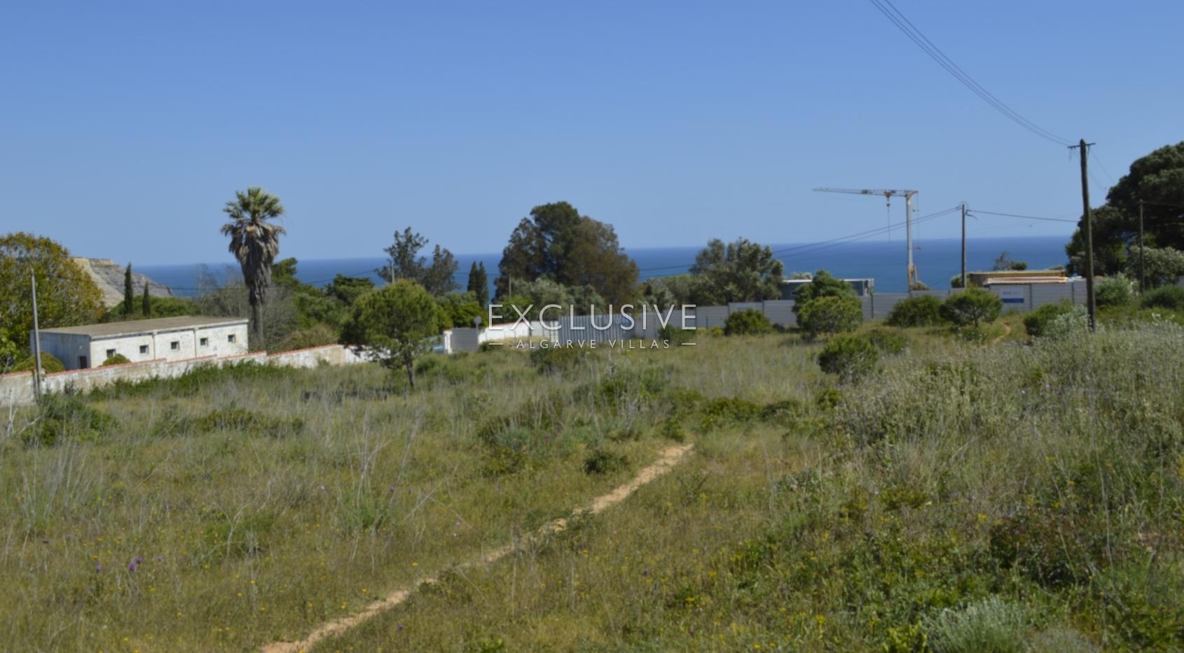 Grande terreno, com vista mar, para venda em Lagos Luz, Algarve_3
