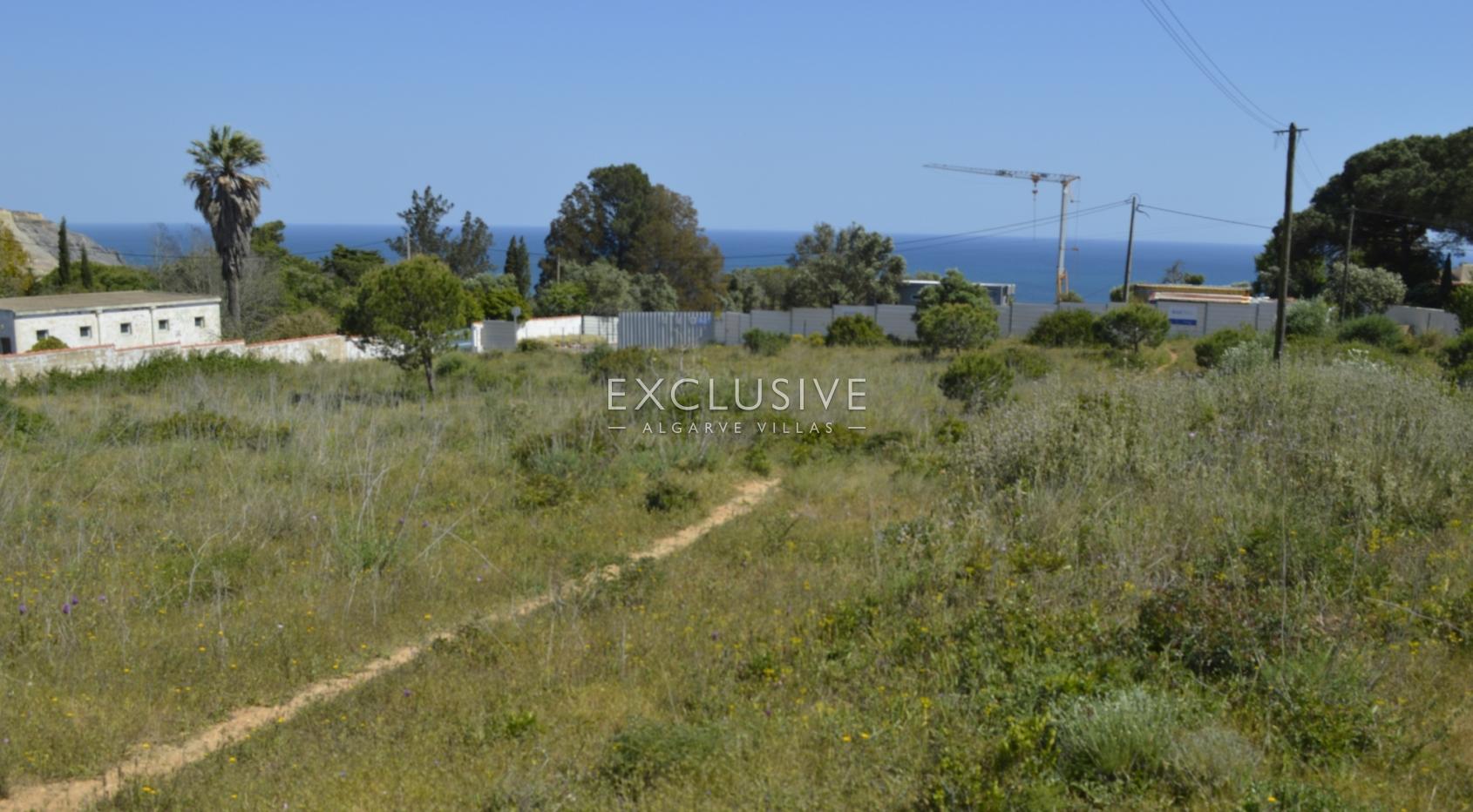 Grande terreno, com vista mar, para venda em Lagos Luz, Algarve_5