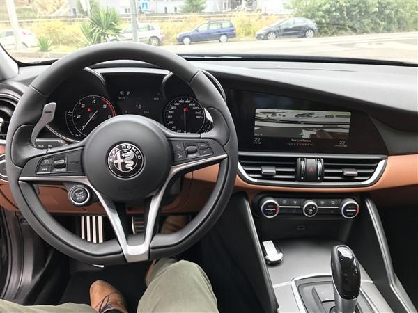 Alfa Romeo Giulia-1