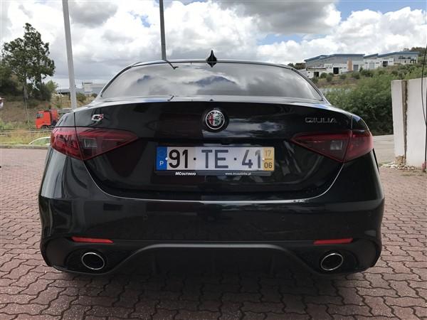 Alfa Romeo Giulia-3