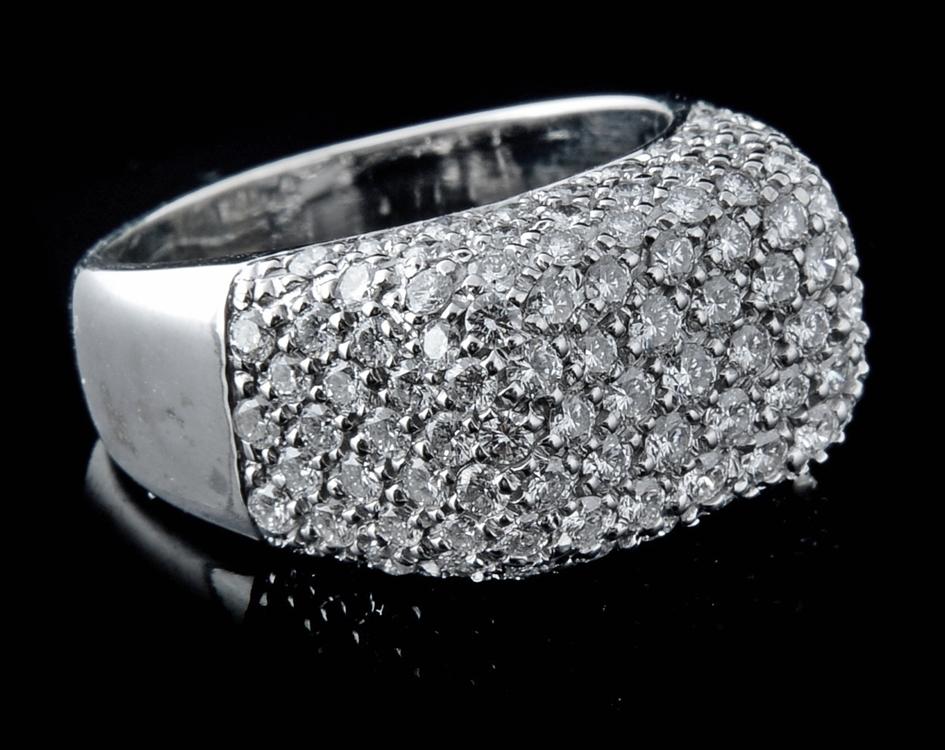 Anel com Diamantes - Ref. 098901