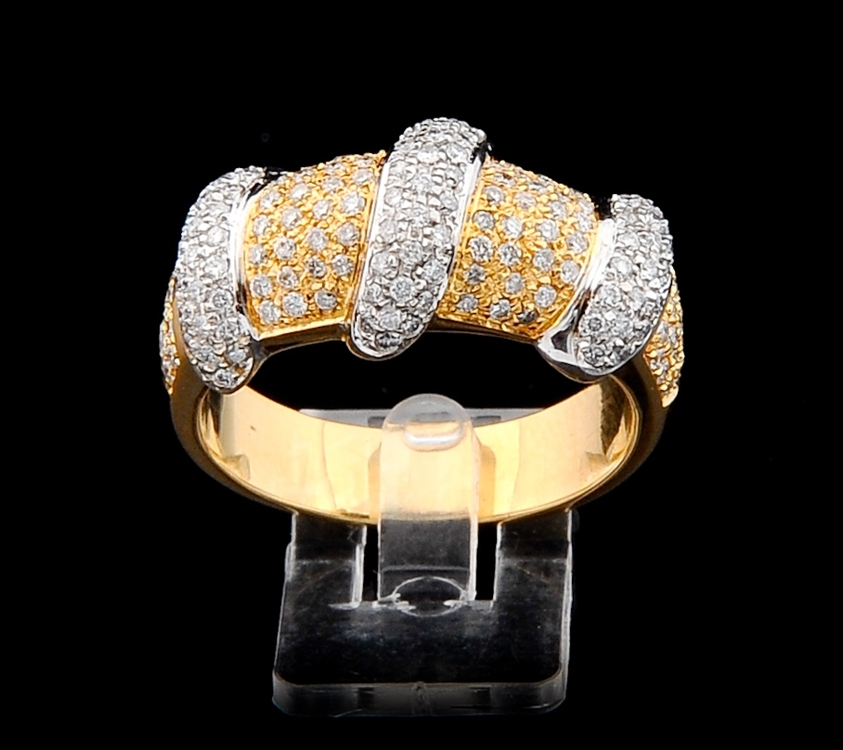 Anel com Diamantes - Ref. 547807
