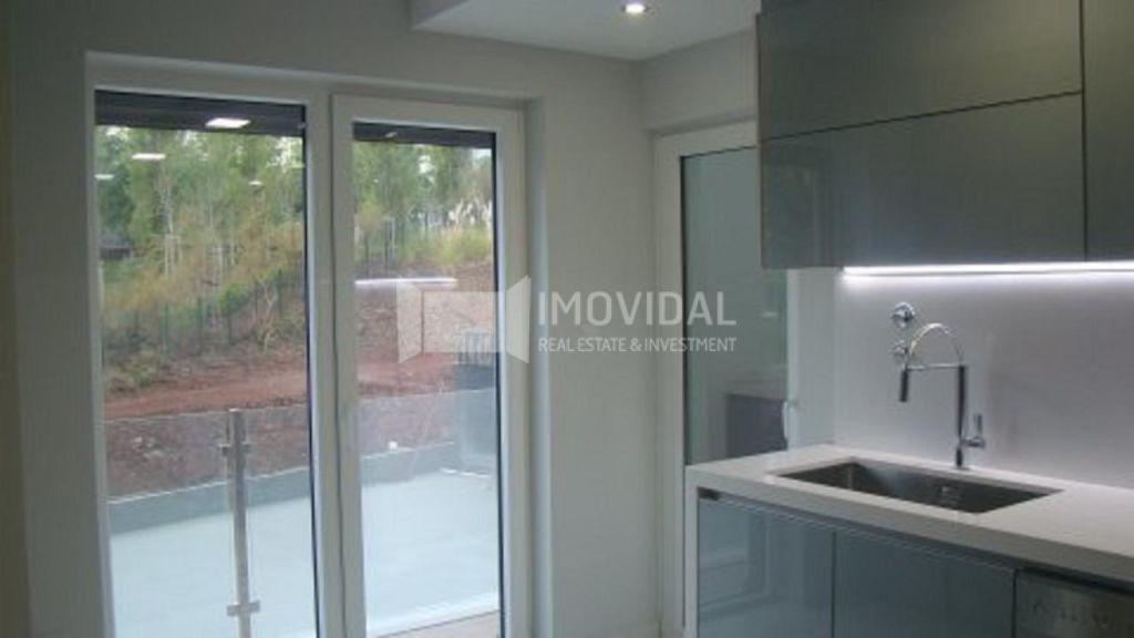 Apartamento T4 - Condomínio - Oeiras-2