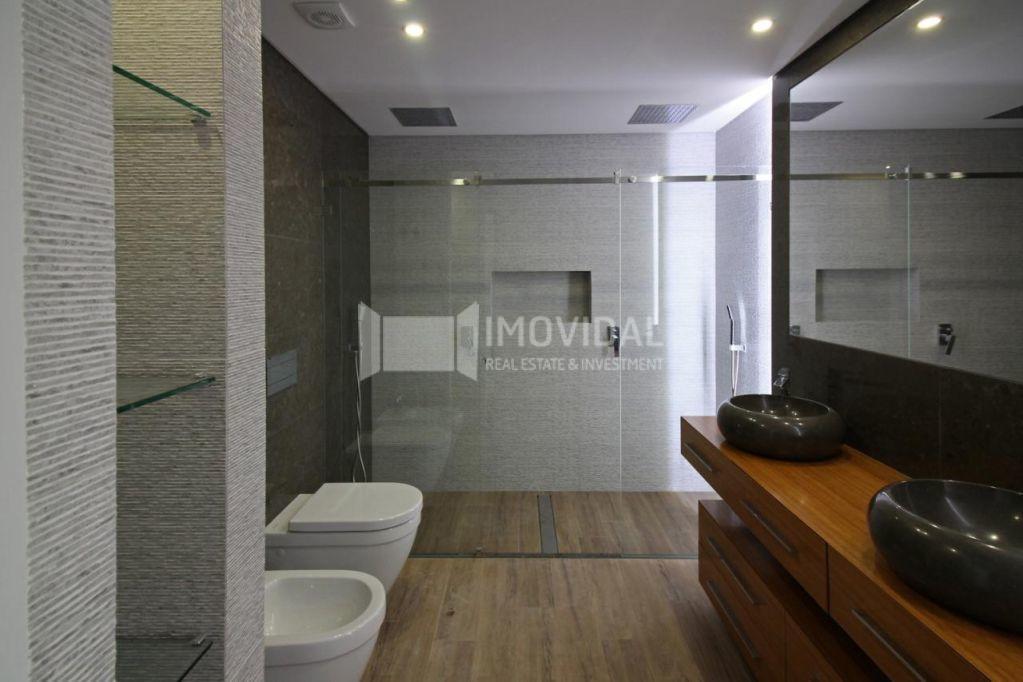 Apartamento T4 - Condomínio - Oeiras-3