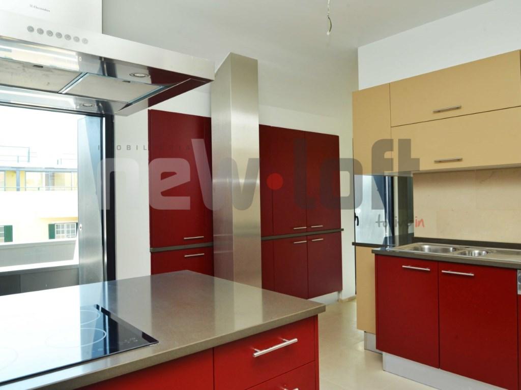 Apartamento T4 - Lapa-1