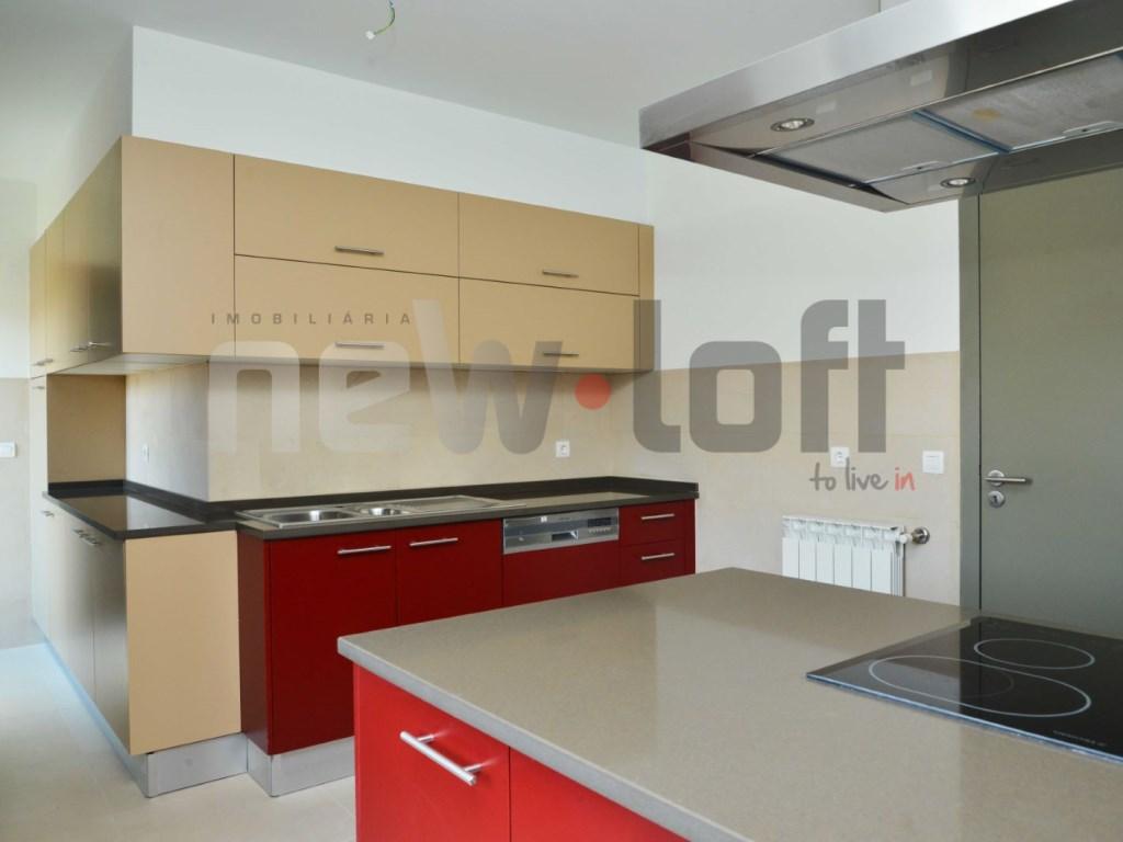 Apartamento T4 - Lapa-2
