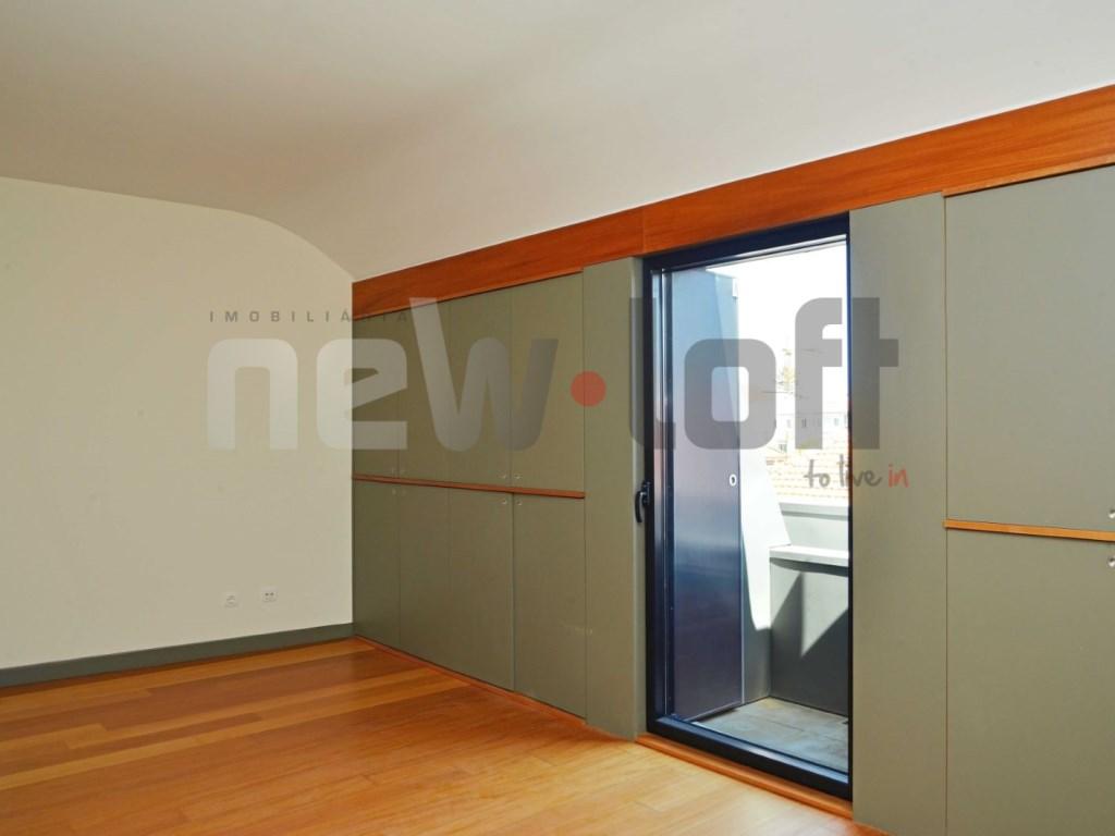 Apartamento T4 - Lapa-5