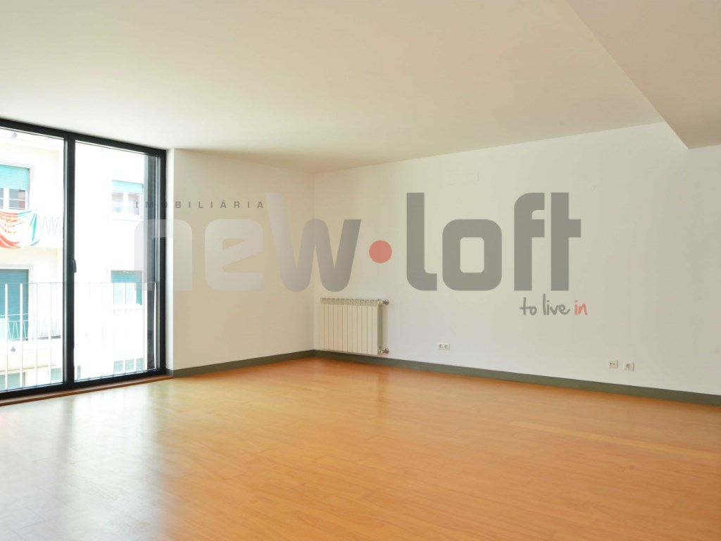 Apartamento T4 - Lapa-6
