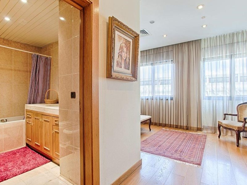 Apartamento T6+1 - Lisboa-4