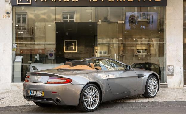 Aston Martin V8-3