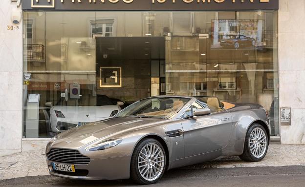 Aston Martin V8-5