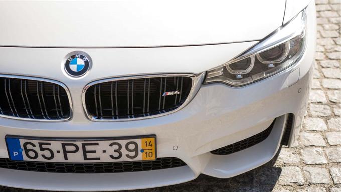 BMW M4-2