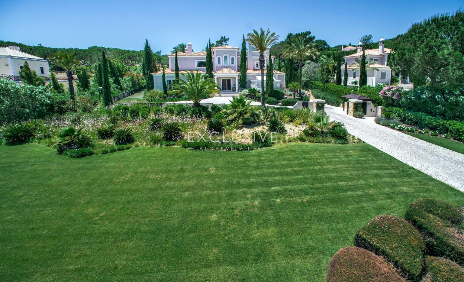 Bonita moradia de cinco quartos à venda na Quinta do Lago, Algarve_1
