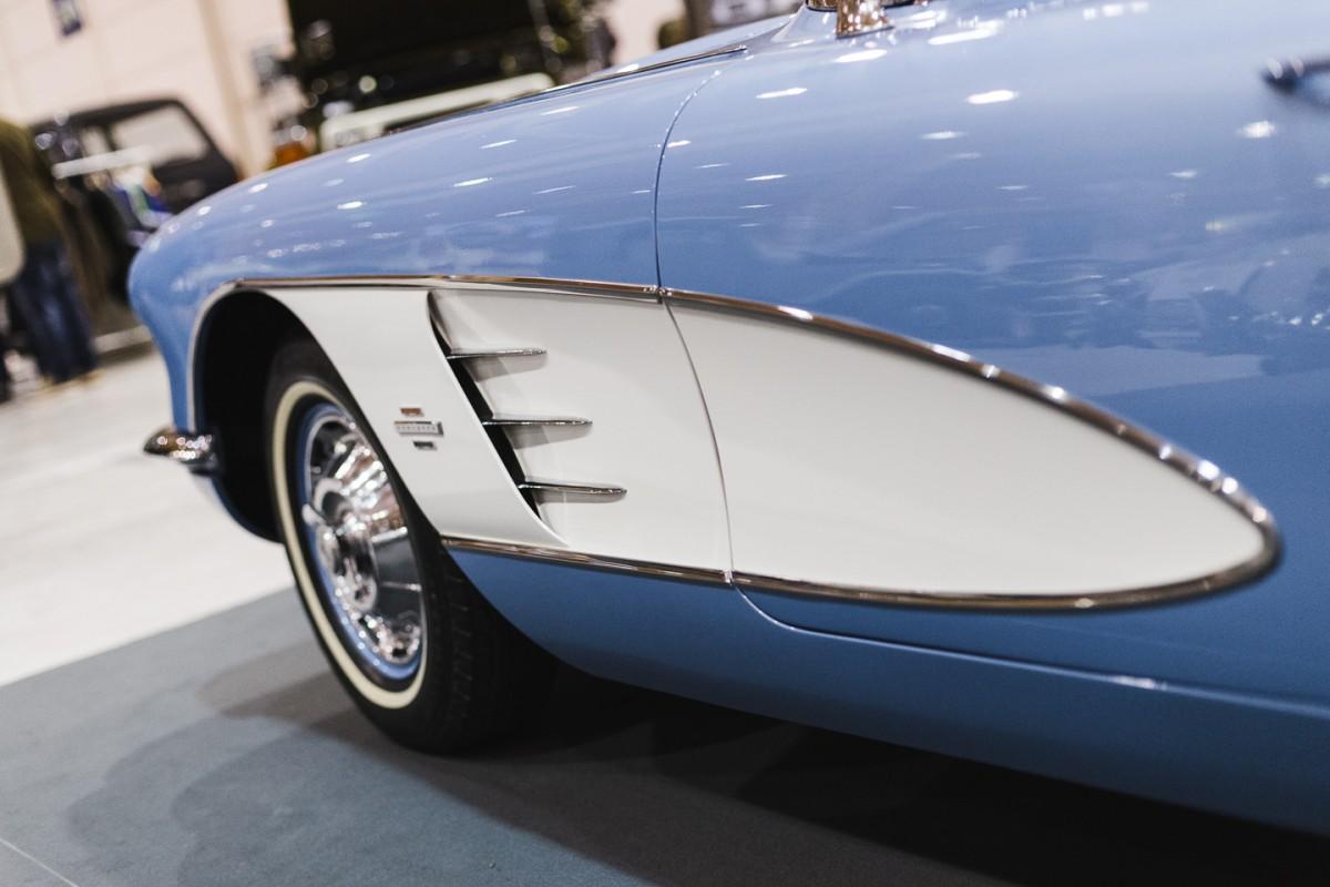 Chevrolet Corvette C1 Roadster-2