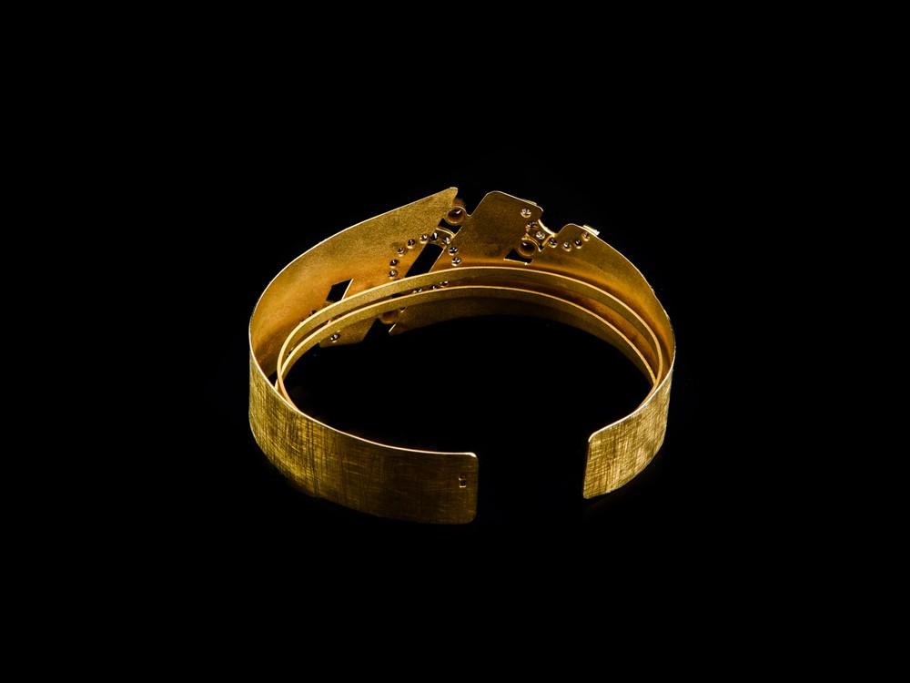 Escrava em Ouro - Ref. 690304-2