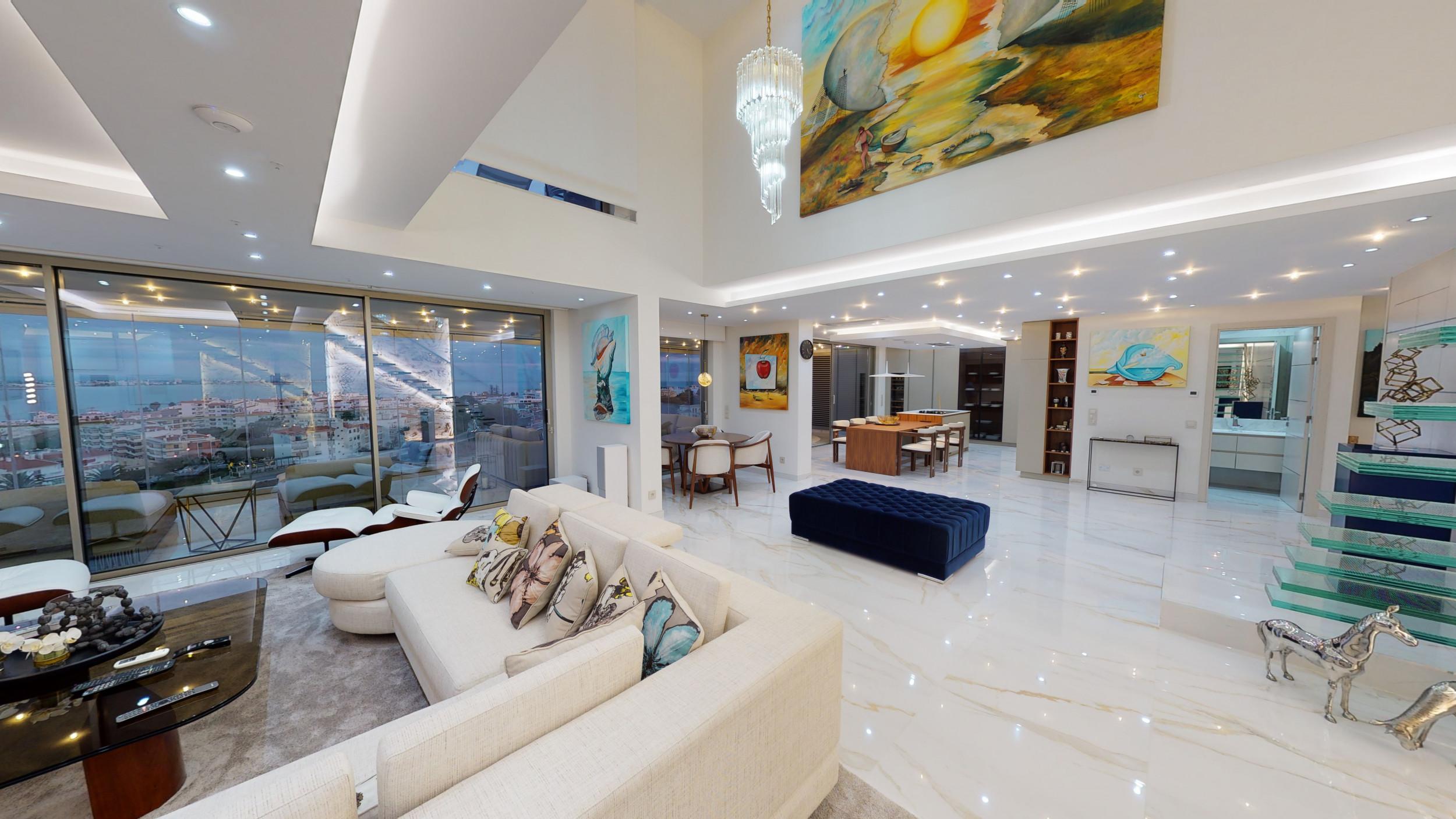 Fabulosa Penthouse com vista deslumbrante sobre o Mar, em Lagos_1