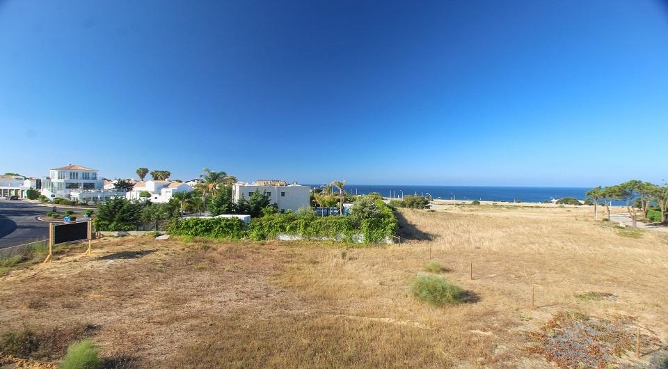 Fantástica oportunidade / terreno frente para a Praia dos Salgados no_1