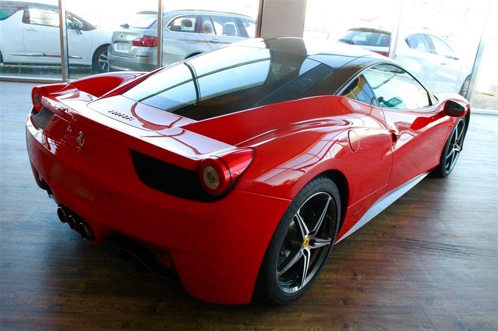 Ferrari 458 Italia-5