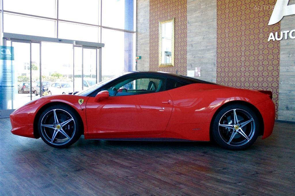 Ferrari 458 Italia-7