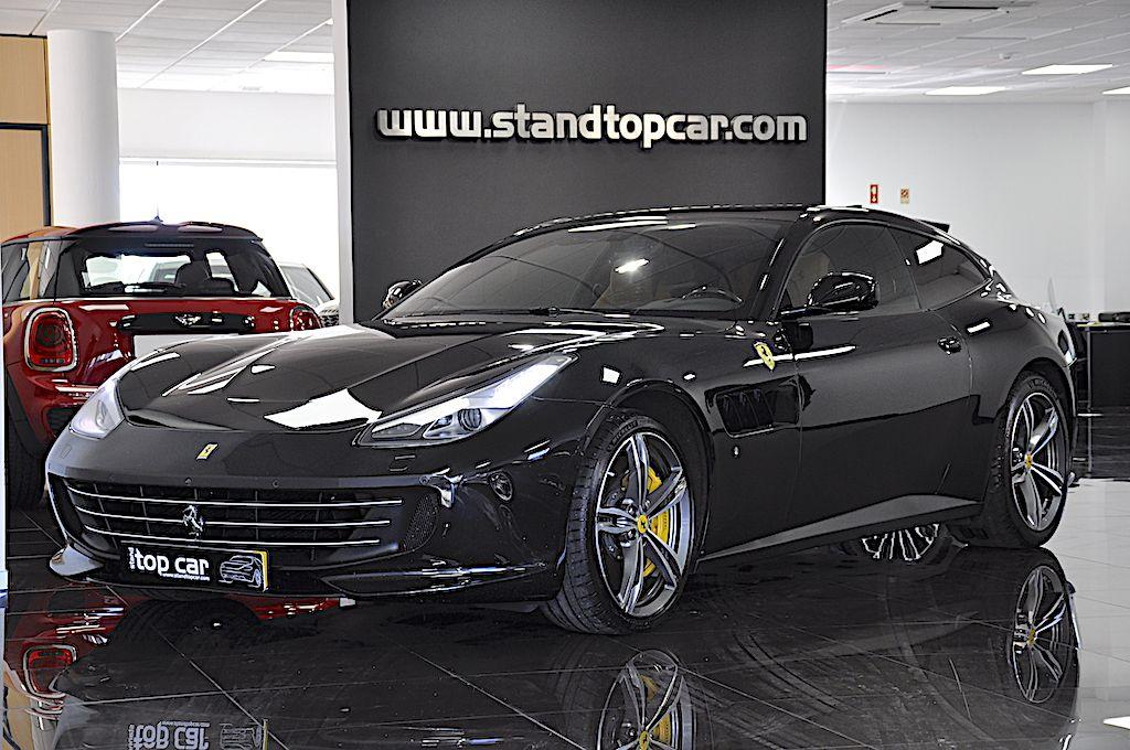 Ferrari GTC4 Lusso_1
