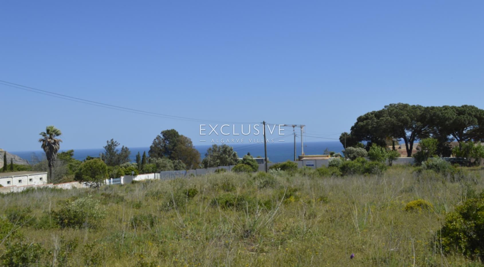 Grande lote de terreno com vista mar para venda na Luz Lagos, Algarve_5