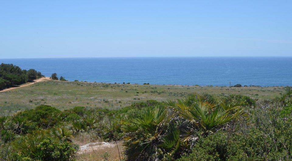Grande terreno na  linha da frente para venda em Algarve, Portugal_1