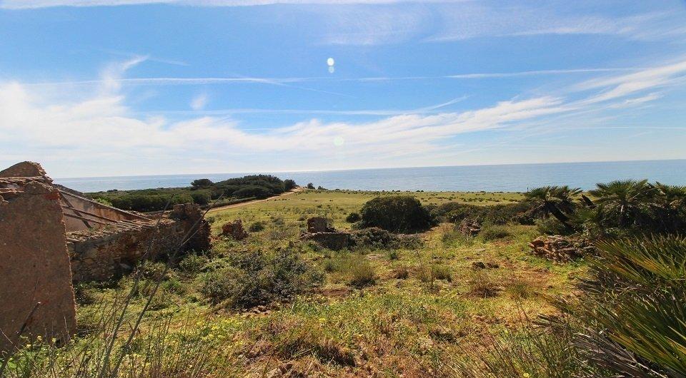 Grande terreno na  linha da frente para venda em Algarve, Portugal_5