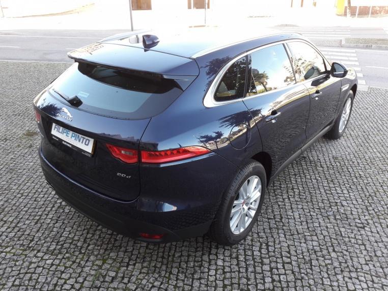 Jaguar F-Pace-2