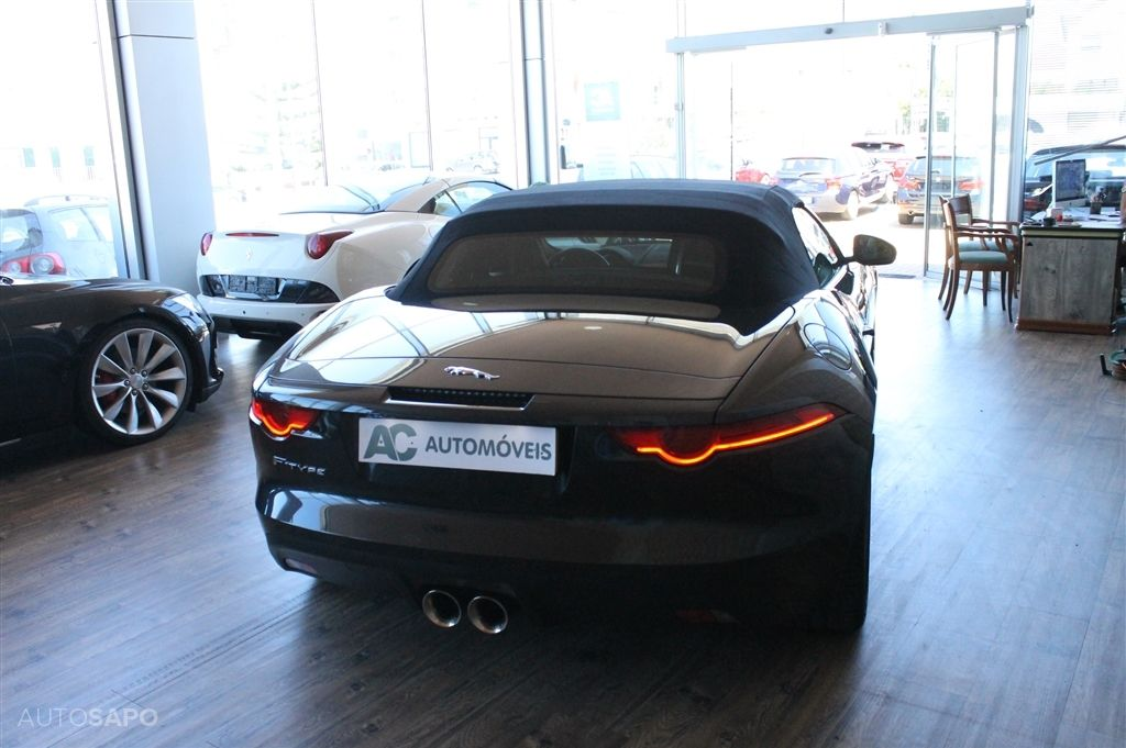 Jaguar F-Type S V6 3.0 Convertible Auto-2