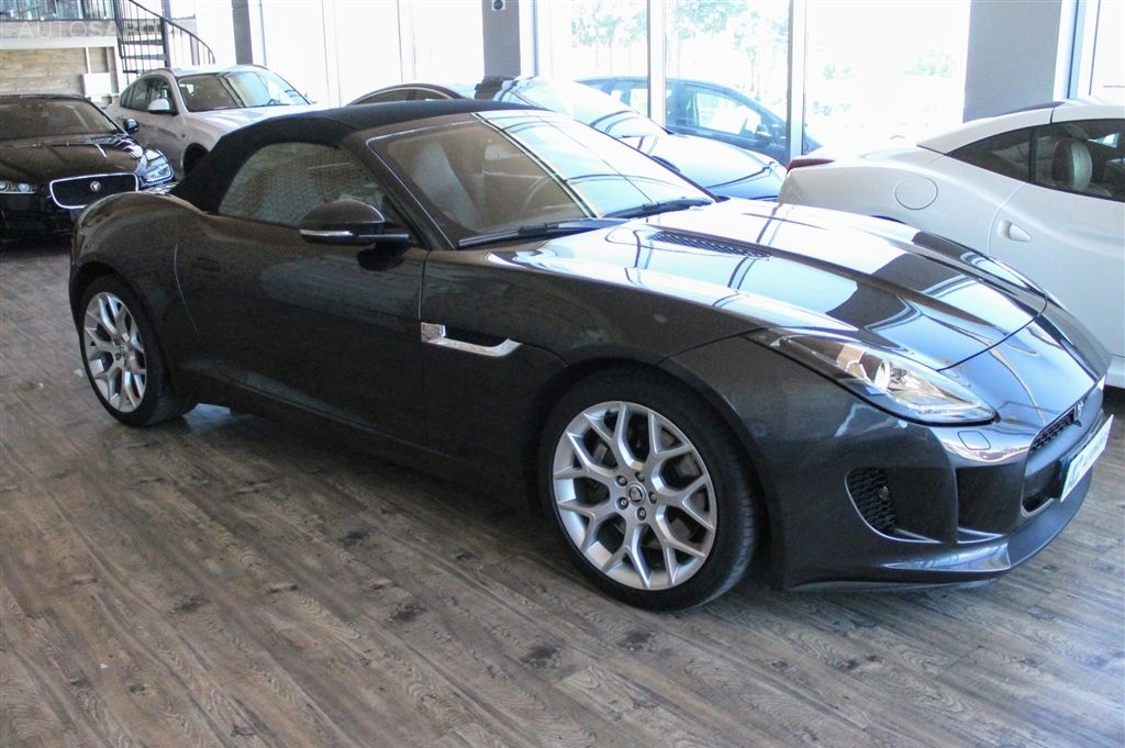 Jaguar F-Type S V6 3.0 Convertible Auto-8
