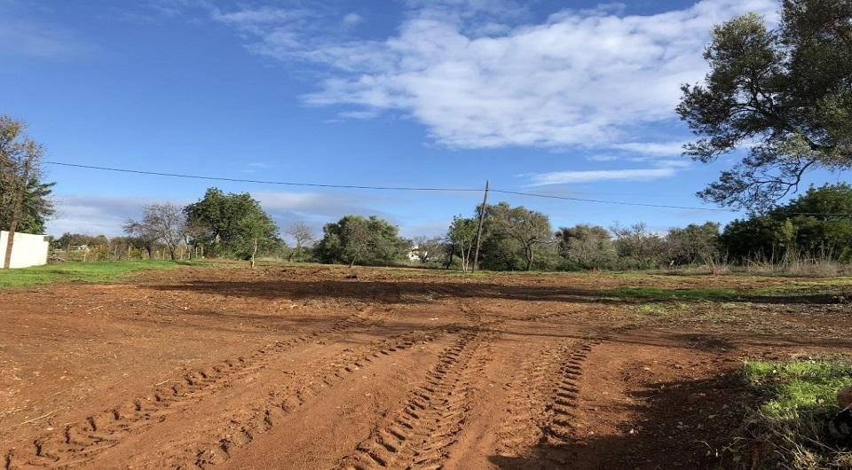 Lote para construção de duas moradias muito perto de Vilamoura, Loul_3