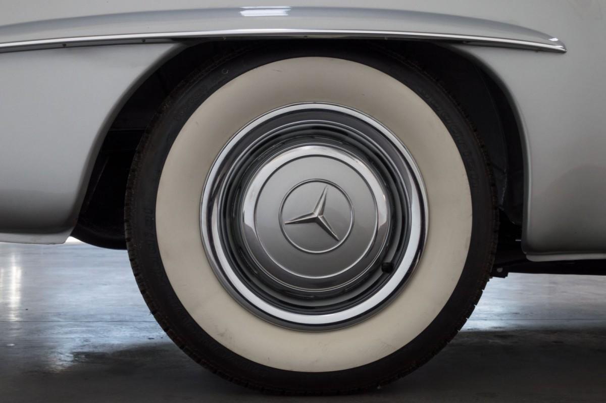 Mercedes Benz 190 SL-3
