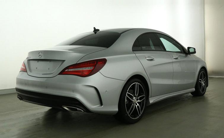 Mercedes-Benz CLA 220 d Coupé AMG Line-1