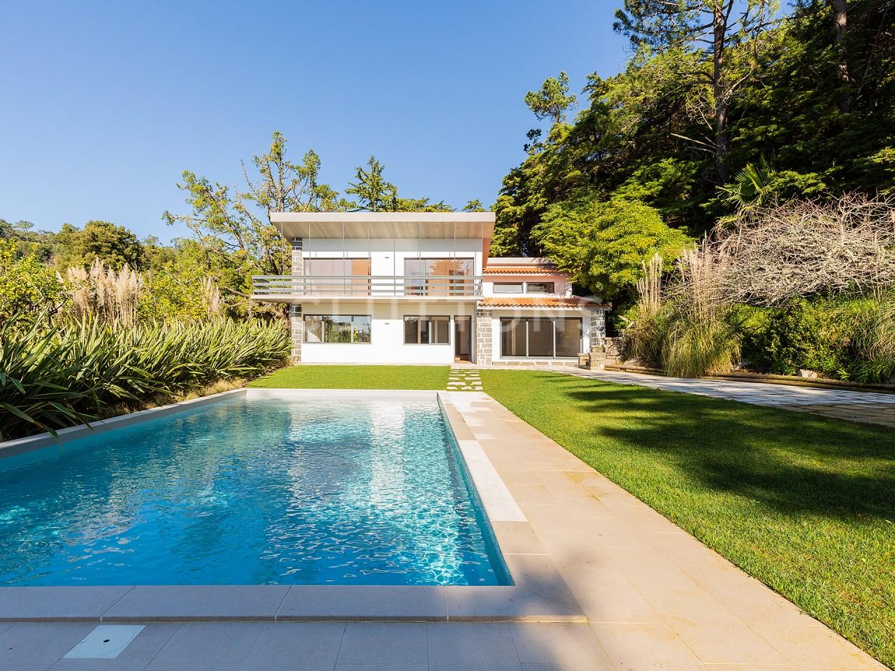 Moradia de luxo T6+1 com piscina