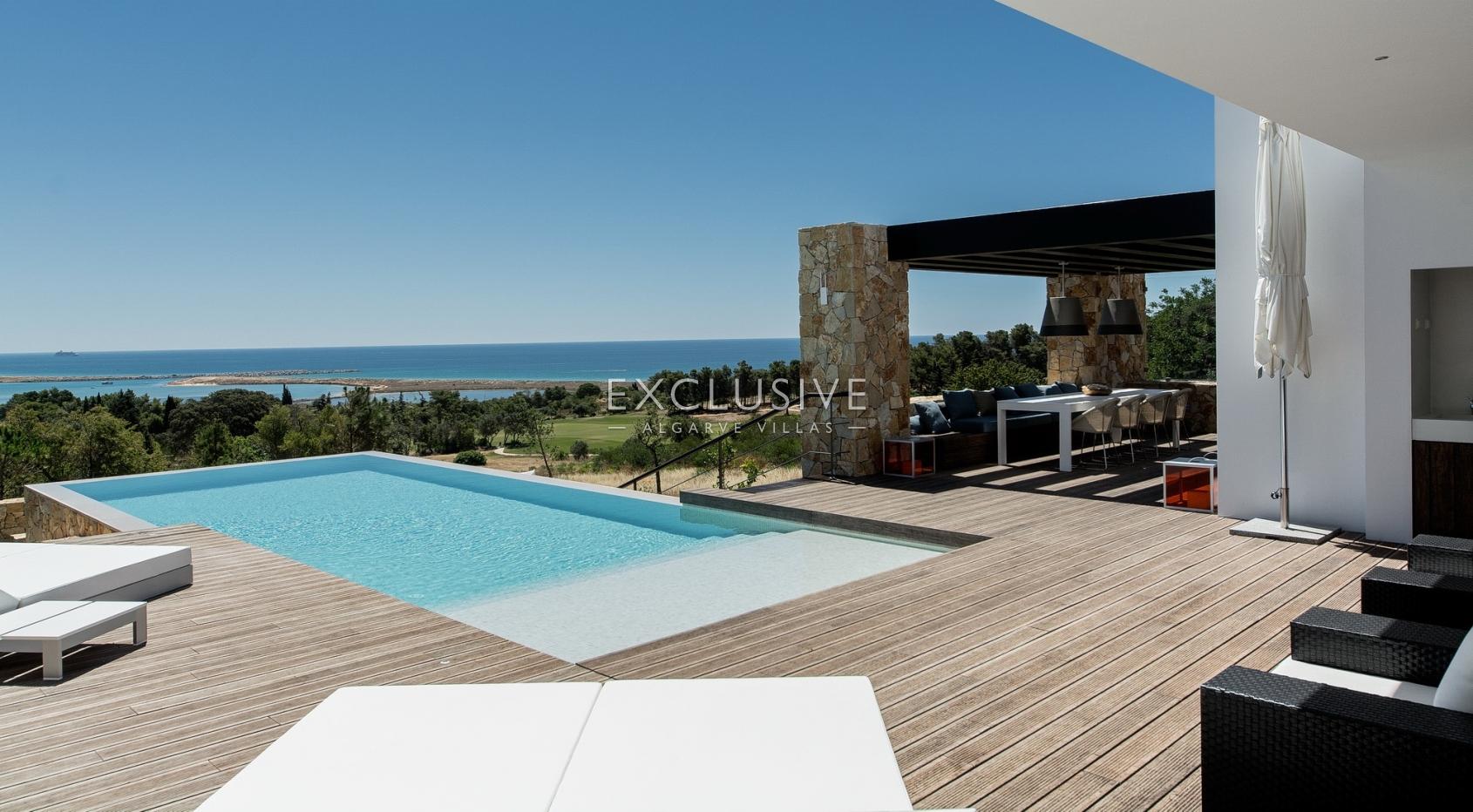Nova moradia de luxo contemporânea, com vista de golfe e mar para ven_1