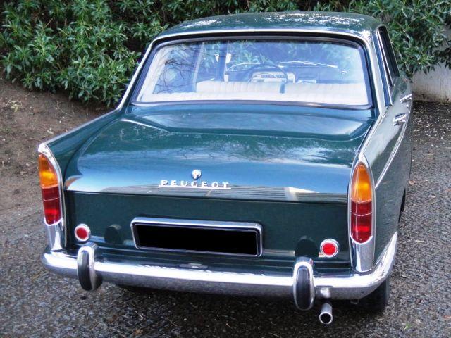 Peugeot 404-3