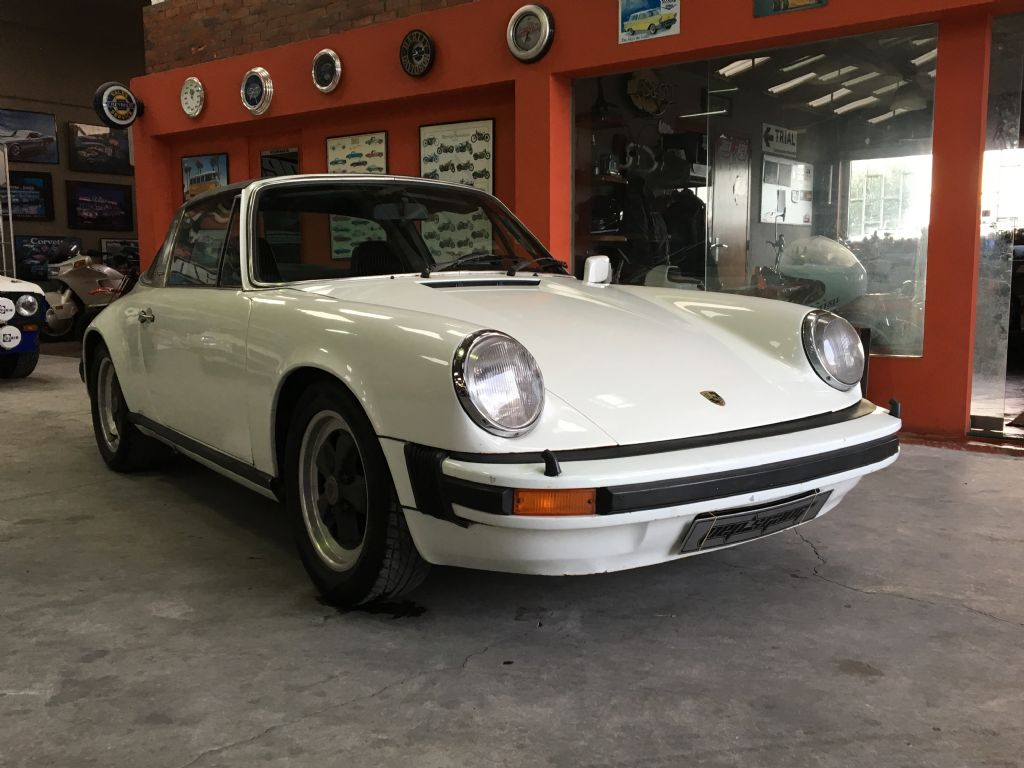 Porsche 911 2.2 T-1
