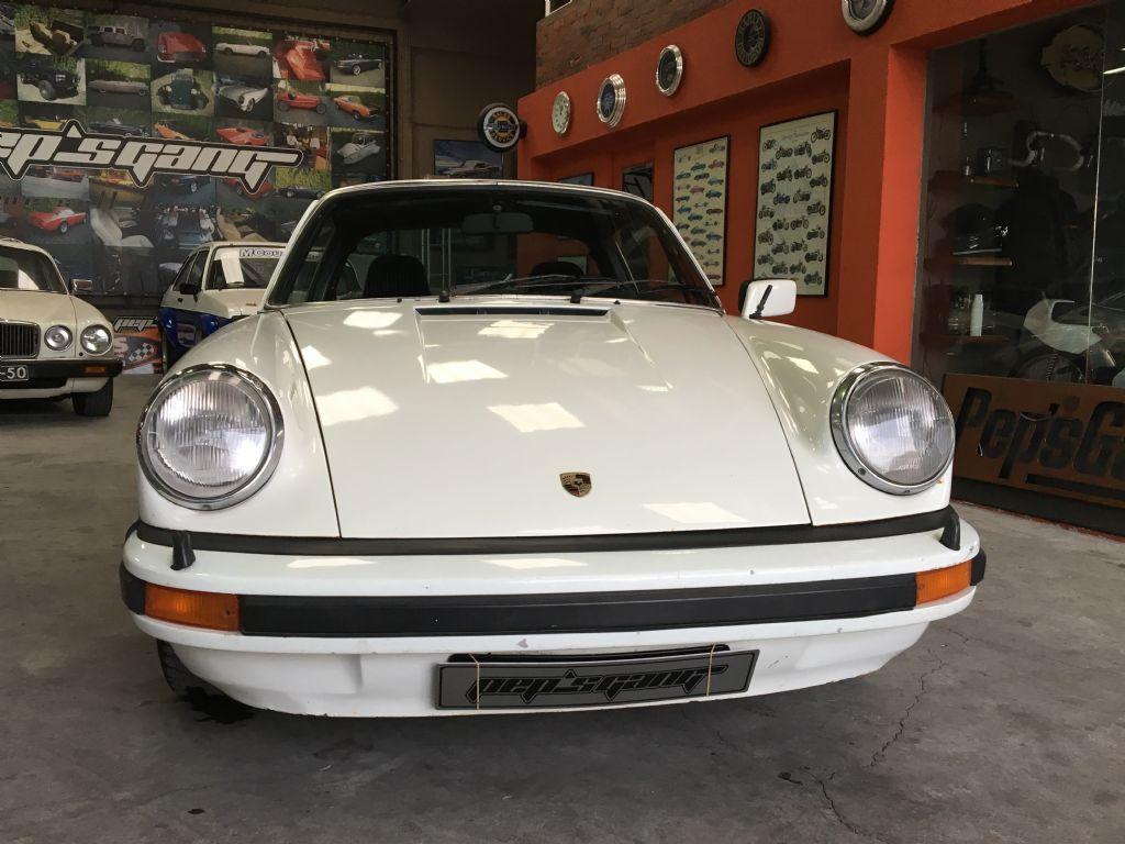 Porsche 911 2.2 T-2