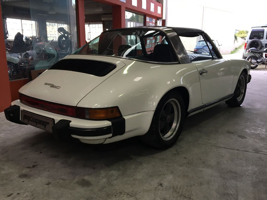 Porsche 911 2.2 T-5