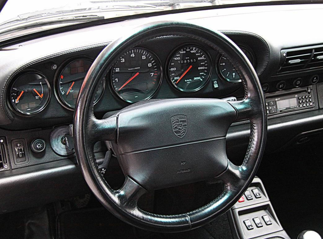 Porsche 993 Carrera 4-5