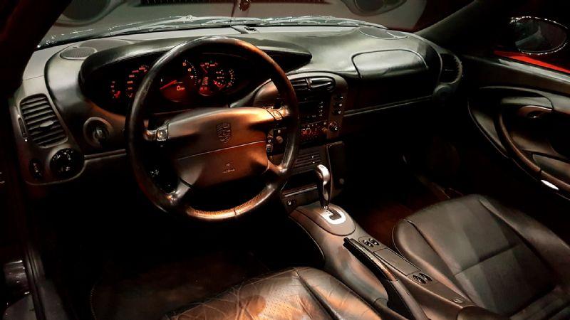 Porsche 996 Carrera Coupe-1