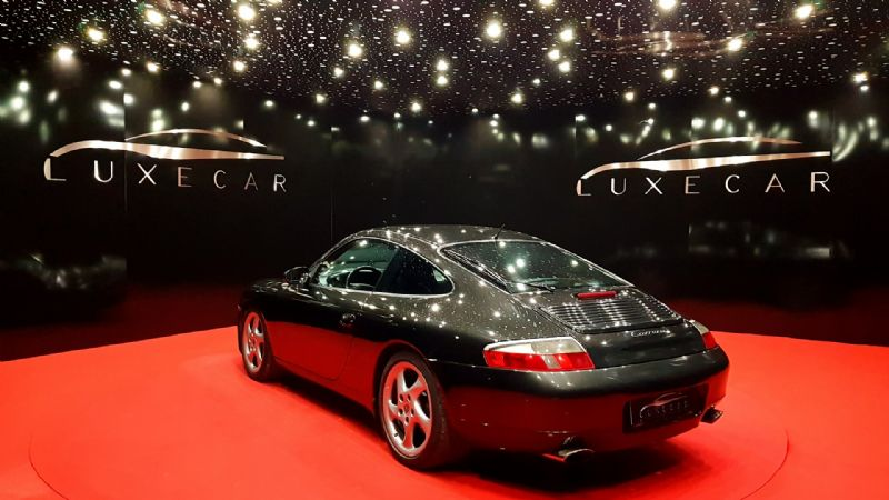 Porsche 996 Carrera Coupe-4