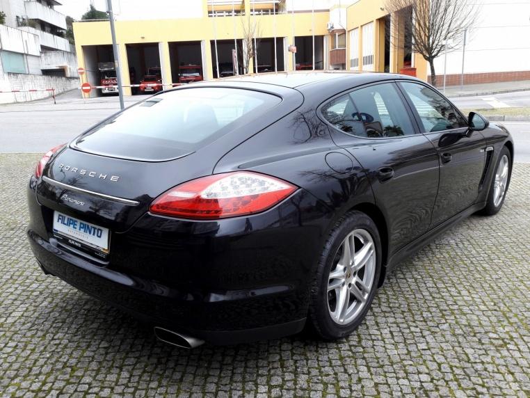 Porsche Panamera-3