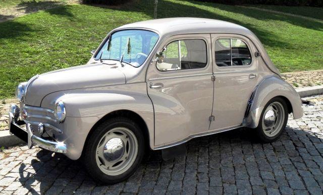Renault 4 CV-1