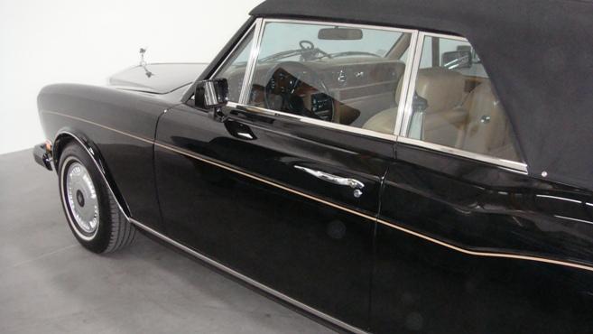 Rolls Royce Corniche II-2