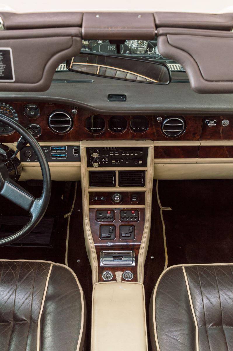 Rolls Royce Corniche II Cabrio-4